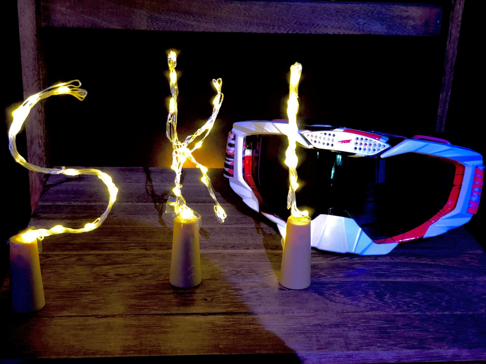 Blog at the Beach with icelolly.com Fashion Voyeur Blog Ski goggles and fairy lights