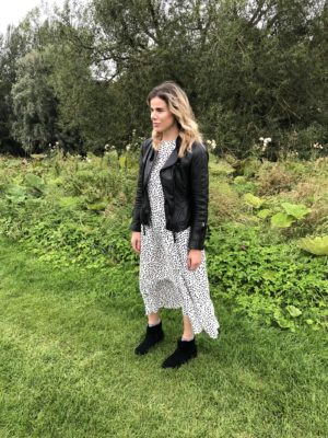 Pixie Tenenbaum wears THAT Zara Hot 4 The Spot dress made famous on Instaf=garm on Wear The Dress Day August 22nd 2019